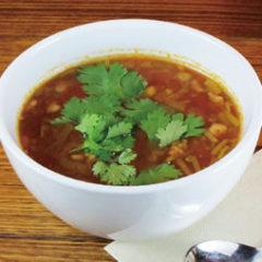 《数量限定の手作りスープ!!》 ◆豚挽き肉入りパクチーとトマトのスープ 320円